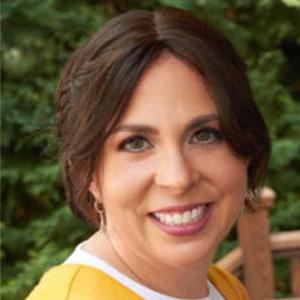 Mrs. Ricki Kurtz